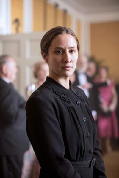 Kirsten Lindstrom, la fidèle nanny est incarnée par…
