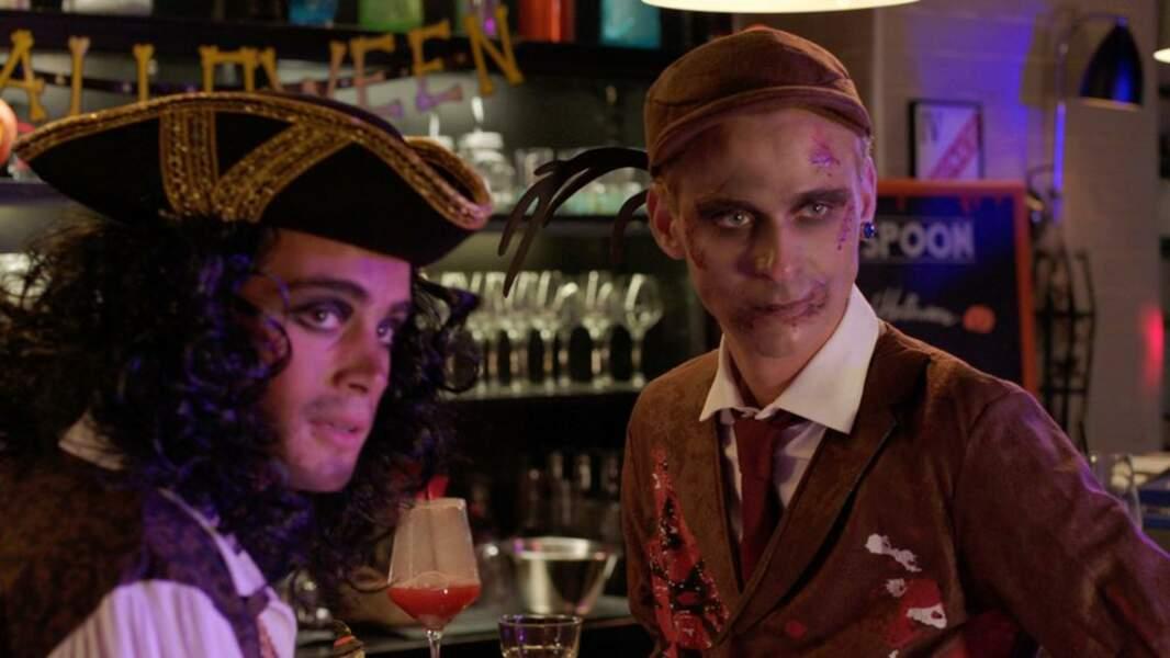 Max (Clément Rémiens) et Bart (Hector Langevin) ont opté pour un déguisement de pirate et de zombie-détective