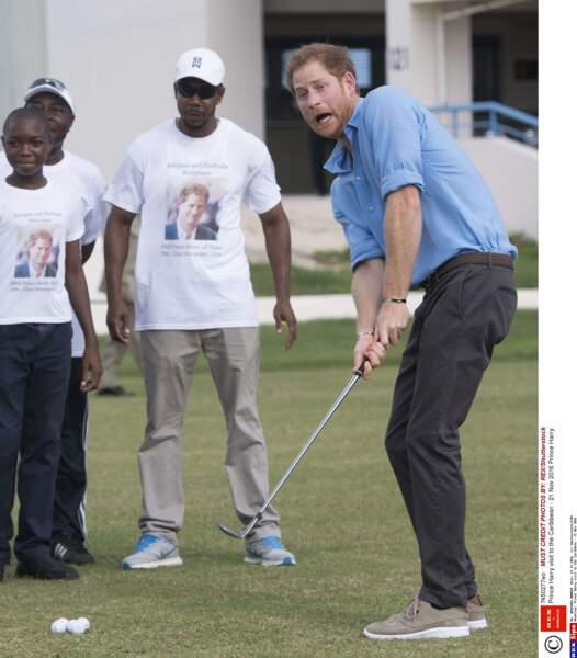 Pas mauvais au golf votre Majesté !