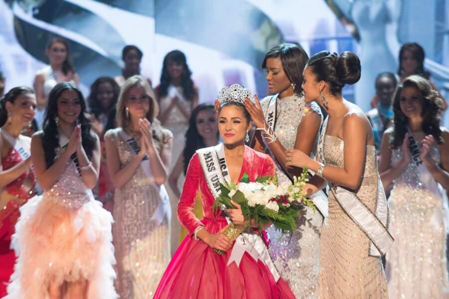 Olivia Culpo, Miss Univers 2012, entourée de ses dauphines