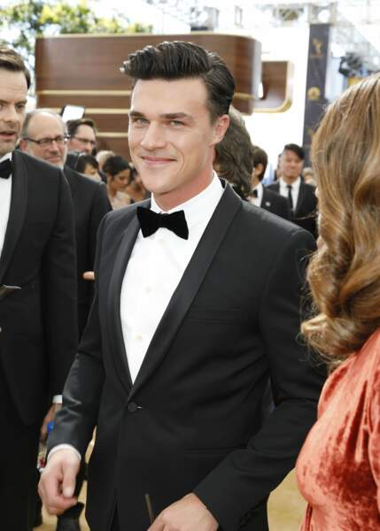 Finn Wittrock, American Crime Story : The Assassination of Gianni Versace, est irrésistible dans son costume