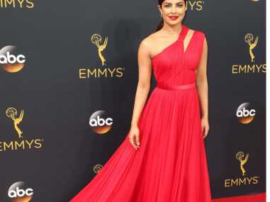 Décolletés, robes longues, échancrées ou transparentes : le best of de la soirée des Emmy Awards 2016