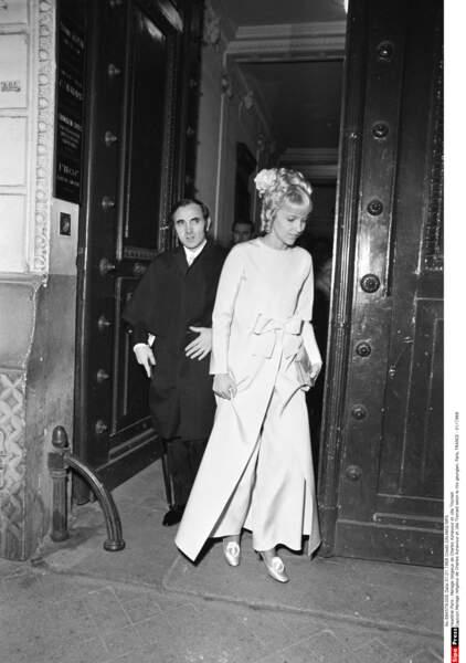 Le mariage religieux de Charles Aznavour et Ulla Thorsell selon le rite georgien à Paris en 1968