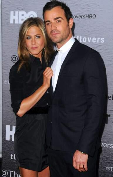 """Longtemps qualifiée """"d'éternelle célibataire"""", la jolie blonde a enfin trouvé l'amour avec l'acteur Justin Théroux"""