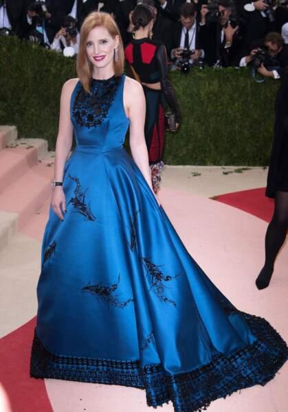 Jessica Chastain divine dans sa robe de princesse.