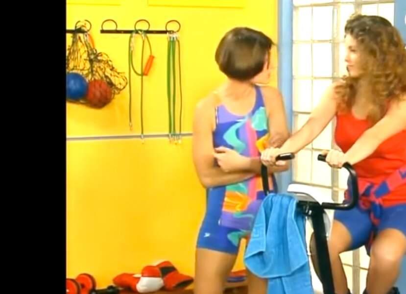 Souvenez-vous : à l'époque d'Hélène et les garçons, les looks pour aller faire du sport, c'était ça !