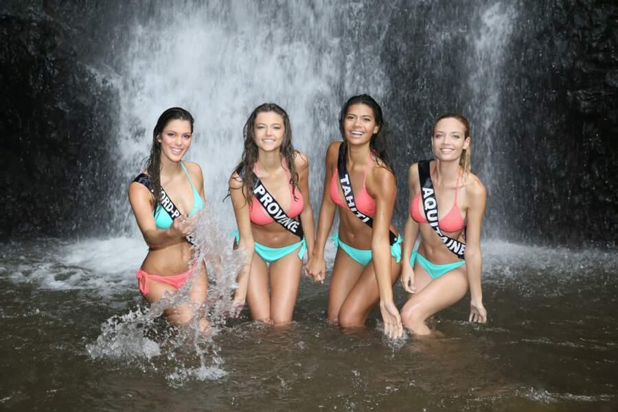 Pendant le séjour à Tahiti avec ses copines en bikini