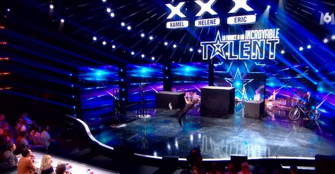 Farid Zitoun a offert une incroyable performance en acrobatie sur la scène de l'émission...