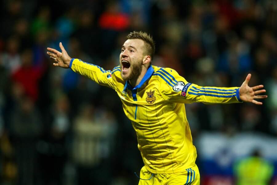 Andriy Yarmolenko enflamme l'Ukraine