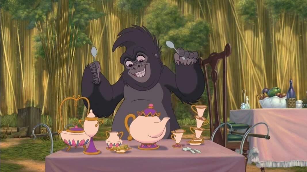 Dans Tarzan, Madame Samozar et Zip (La Belle et la bête) servent désormais d'instruments de musique.