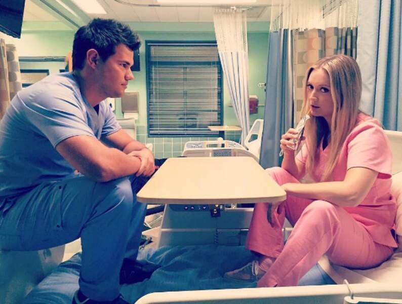 Taylor Lautner aurait-il déjà envie de fricoter avec le personnel soignant de cette saison 2 ?