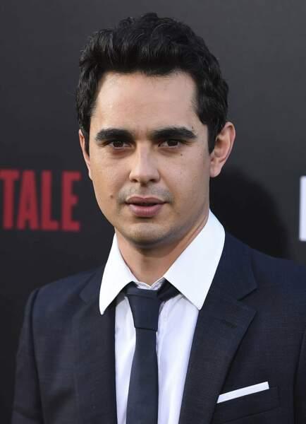 L'acteur a tenu quelques petits rôles au cinéma dans The Social Network ou Les Stagiaires