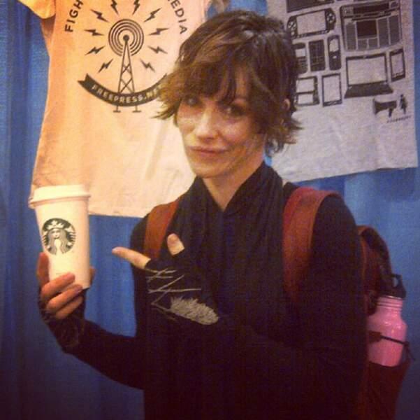 Mais à côté de ça, elle adore aussi les cafés de chez Starbucks
