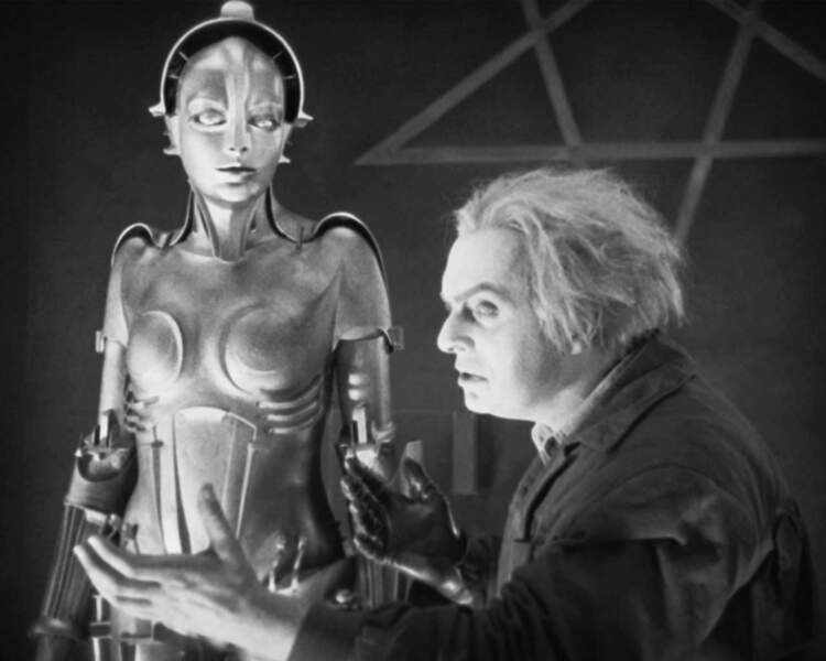 Culte ! En 1926, Fritz Lang réalise Metropolis, et marque quelque part l'entrée du robot dans le septième art.