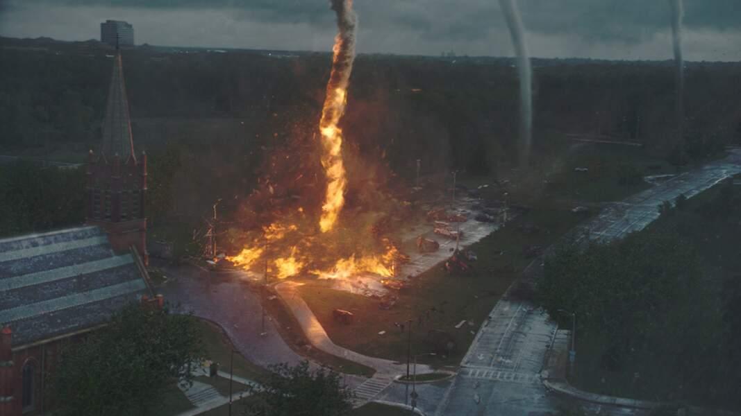 Black Storm (2014), quand des tornades imprévisible détruisent une petite ville de Silverton.