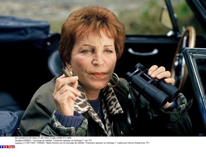 """Maria Pacôme en 1994 sur le tournage du téléfilm """"Comment épouser un héritage ?"""" réalise par Patrice Ambard sur TF1"""