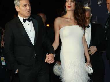 George Clooney et Amal, Lily-Rose Depp, Jean Dujardin et Nathalie Péchalat... Les stars sur le tapis rouge des César 2017