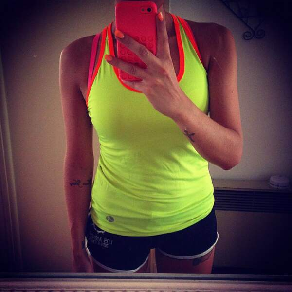 Alexia (Secret Story 7) en tenue de sport