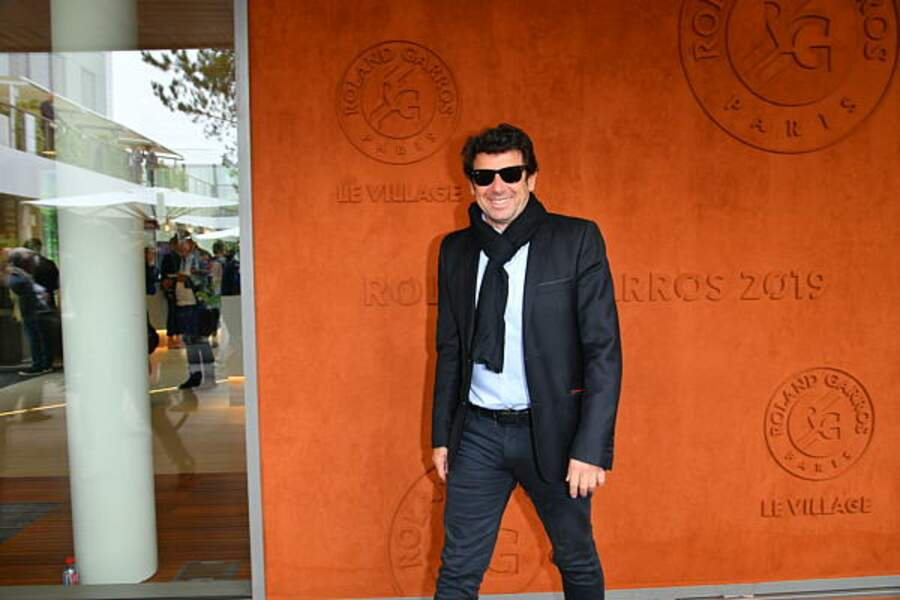 Véritable fan de tennis, Patrick Bruel ne quitte plus l'enceinte de Roland Garros