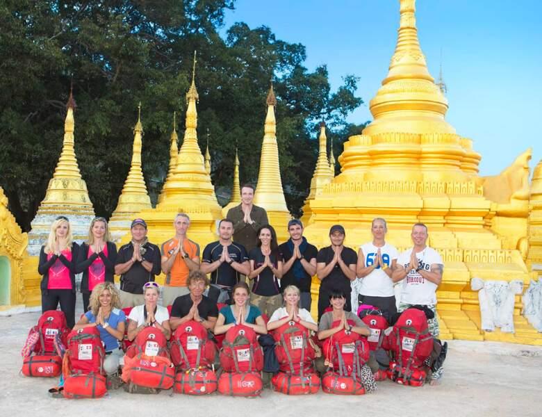 Les binômes posent en Birmanie, en compagnie de Stéphane Rotenberg