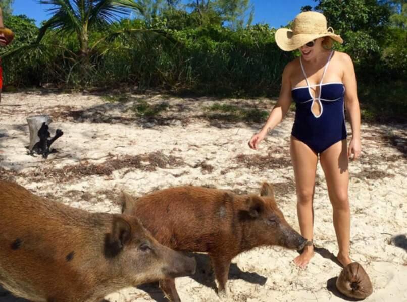Et elle a même rencontré des cochons sauvages !