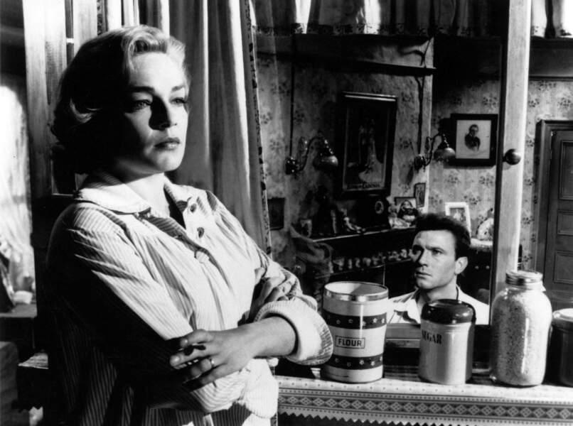 … Simone Signoret, pour Les Chemins de la haute ville (1959)