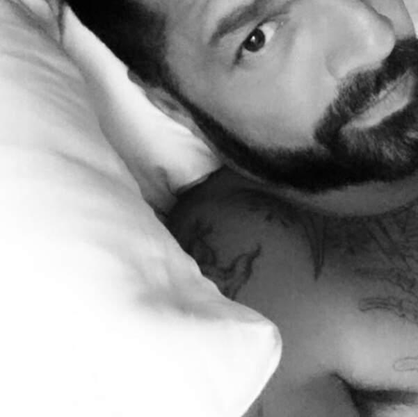 Ricky Martin dans son lit