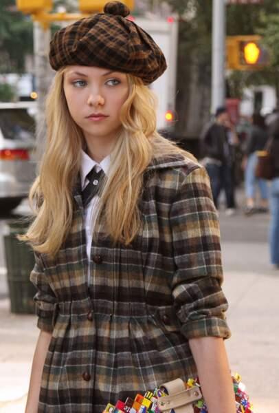 Jenny en mode petite écolière scotish