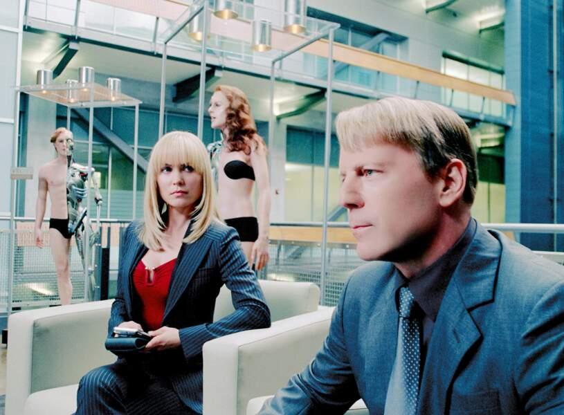 Dans Clones (2009), Bruce Willis vit sa vie par procuration... mais n'attire pas que les pigeons !