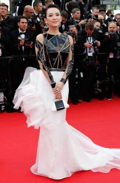 Et que pense-t-on de la robe de Zhang Ziyi (Tigre et Dragon) ?