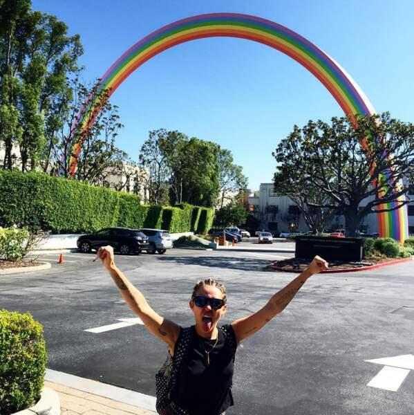 Elle a même créé un hashtag, #InstaPride, pour promouvoir l'image des personnes transgenres et homosexuelles