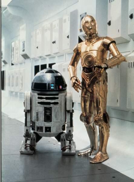 On débute avec R2D2 et C3PO (Star Wars), sans doute les robots les plus célèbres de l'histoire du cinéma