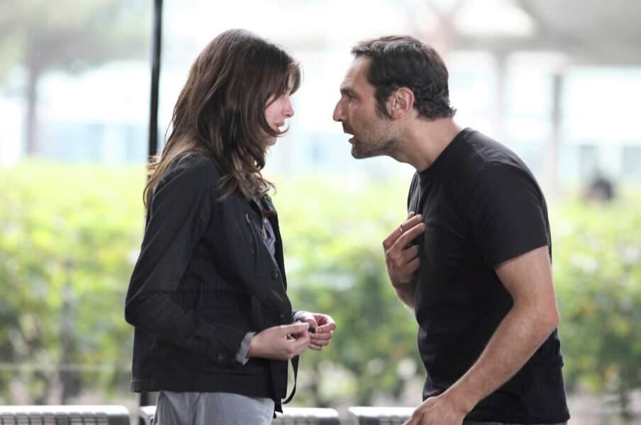 Elle y joue la petite amie de Gilles Lellouche...