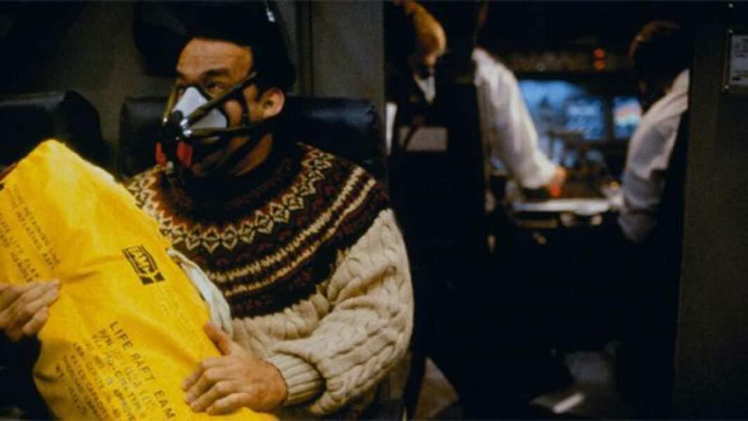 Tom Hanks en pleine catastrophe aérienne dans Seul au monde (2000)