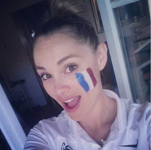 Joy Esther est une fervente supportrice des Bleus : tous derrière l'équipe de France !