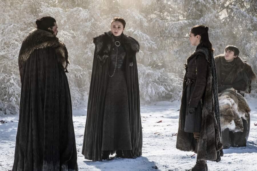 Malgré le souhait de Daenerys, Jon confie son secret à ses sœurs