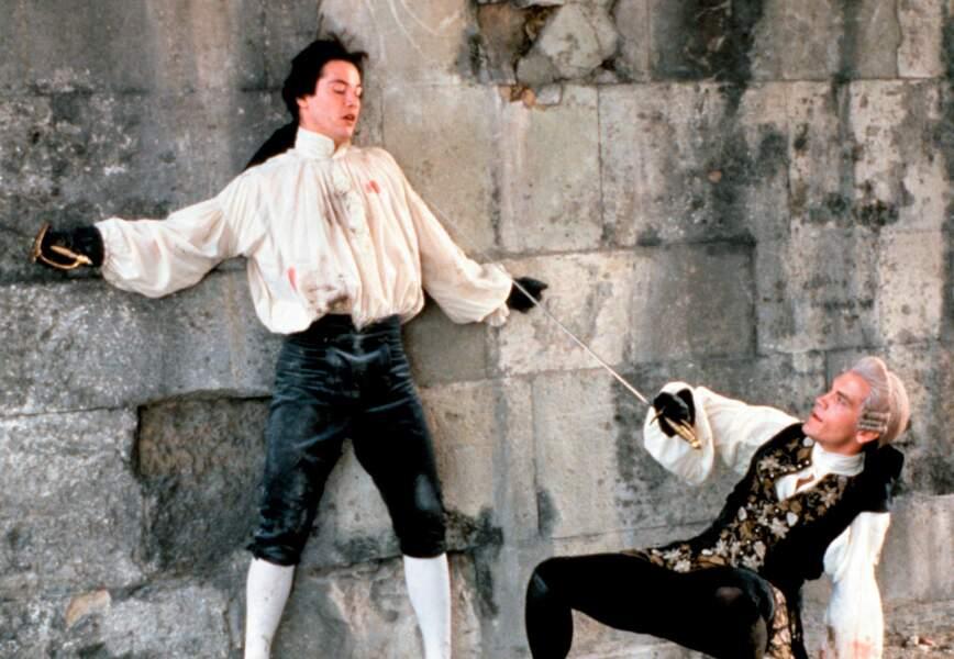 L'apprenti acteur se fait vite repéré et joue dans Les liaisons dangereuses (1988) de Stephen Frears
