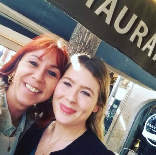 Marjorie (ex-Rouge) et Félicie (ex-Bleue) se sont brièvement croisées et pourtant l'amitié est bien là !