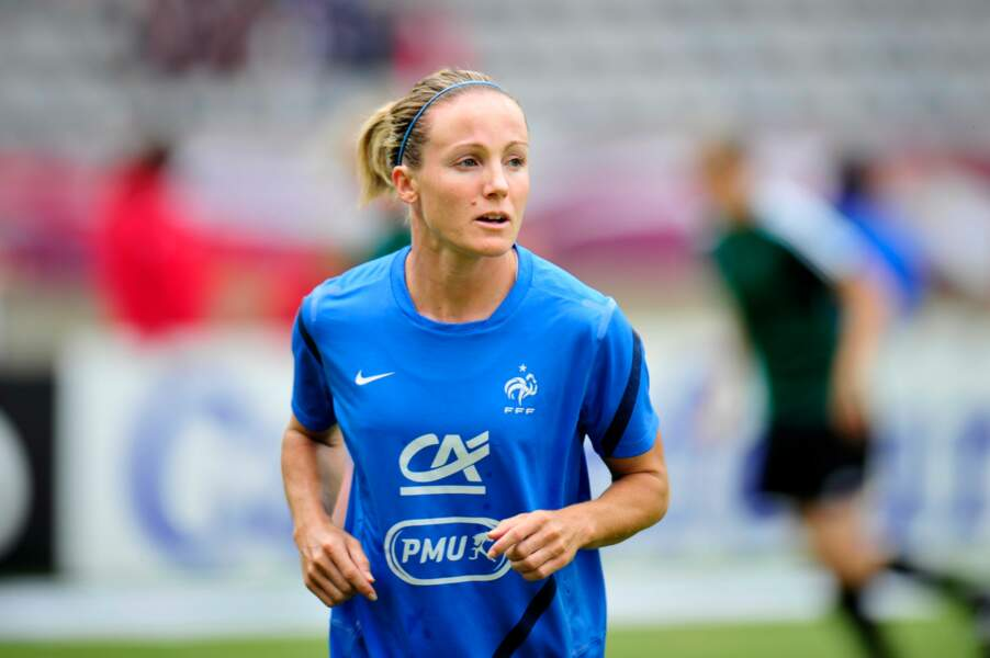 Sonia Bompastor (2000/2013)  est l'unique Bleue à avoir un Stade qui porte son nom. Il est à Montreuil en Touraine