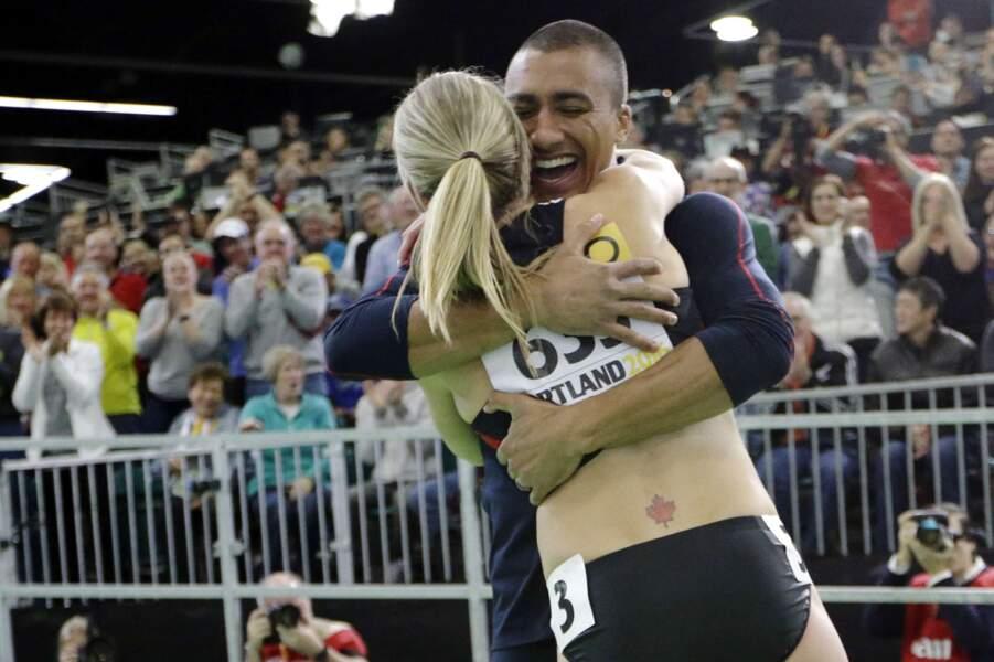Champion du monde et olympique en titre, Ashton Eaton n'en est pas moins le premier supporter de sa femme