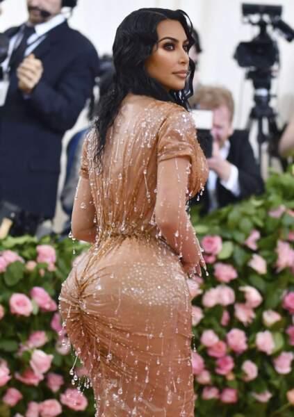Kim kardashian a pris l'eau.