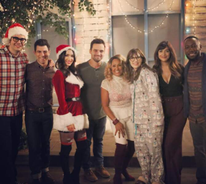Et, avis aux fans, la team New Girl a tourné un épisode spécial Noël !