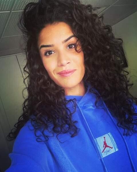Point mode et cheveux : vous préférez les bouclettes de Sabrina Ouazani...