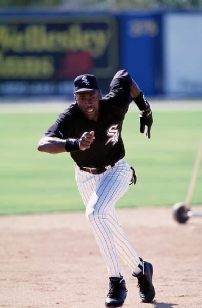 En 1994, à la surprise générale, Michael Jordan a tenté une carrière dans le base-ball. Sans succès !