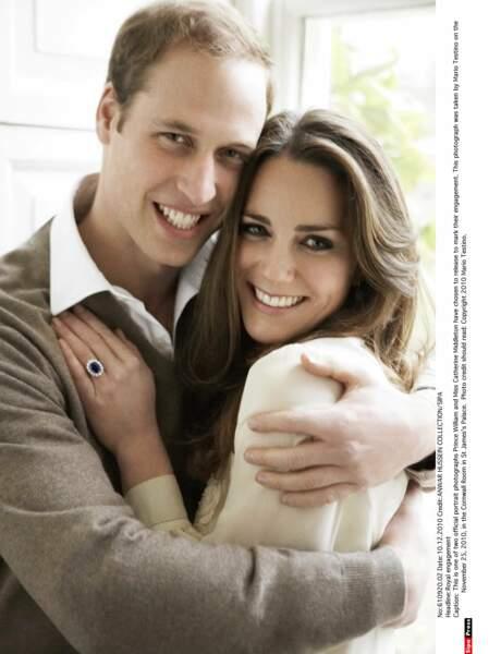 Novembre 2010, c'est officiel le couple est enfin fiancé !