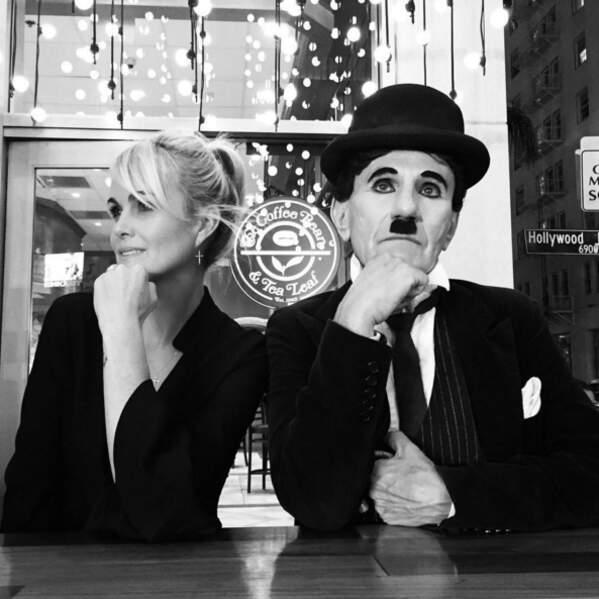 Laeticia Hallyday était avec Charlie Chaplin (LOL).