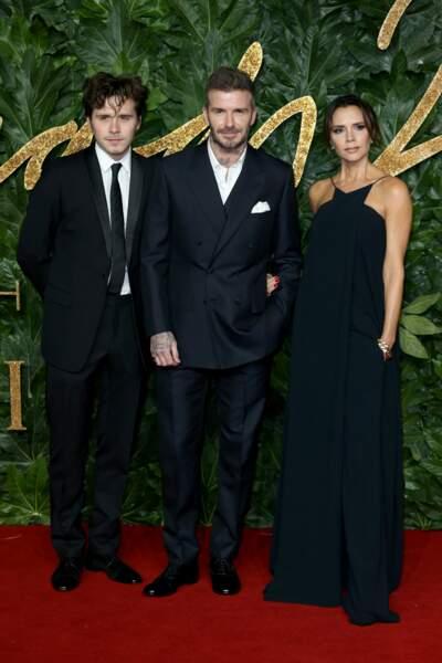 Tout comme les Beckham, venus avec leur fils Brooklyn