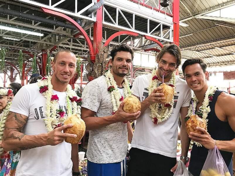Au programme, nouveaux colliers, et visite du marché de Papeete