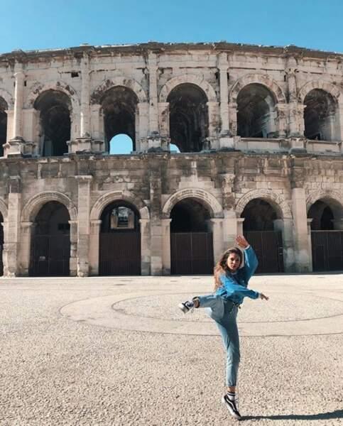 La rappeuse Chilla et son étonnante pose à Rome