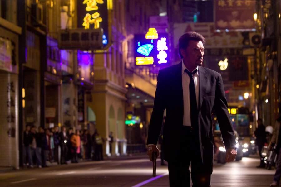 En père vengeur perdu dans les rues de Hong-Kong dans Vengeance (2009)